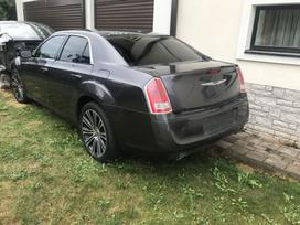 Chrysler 300C dalimis. 2014 send via omniva or dpd
