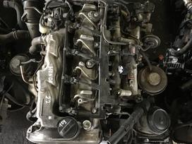 Honda Civic variklio detalės