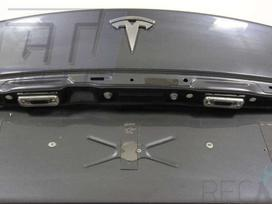 Tesla Model S. Dėl daliu skambinikite