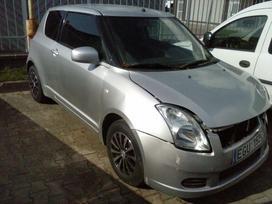 Suzuki Swift. Automobilis dalimis