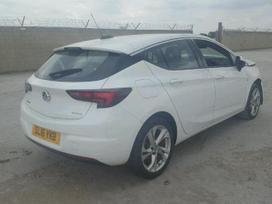 Opel Astra. 1000cc turbo. maža rida, gražūs