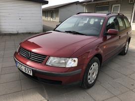 Volkswagen Passat, 1.6 l., universalas