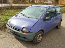 Renault Twingo dalimis. Turime ir daugiau