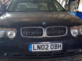 BMW 7 serija. Variklis ir kiti agregatai dirbo tvarkingai.
