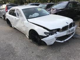 BMW 730. Geros komplektacijos: komfortinis salonas, dinamic
