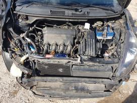 Honda Jazz. Variklio kodas l13a1 spalvos