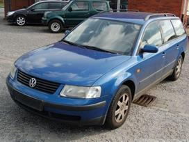 Volkswagen Passat dalimis. Spalvos kodas lr5v