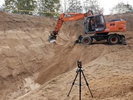 Komatsu 860820000 Buldozerio Ekskavato, construction and road construction equipment rental