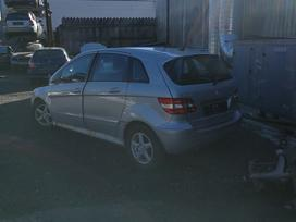 Mercedes-benz B200 dalimis