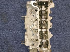 Toyota Yaris variklio detalės