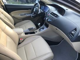 Honda Civic, 1.8 l., hečbekas