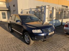 Volkswagen Touareg. Idealus stovis