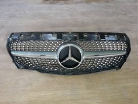 Mercedes-benz Cla klasė. Amg diamond groteles