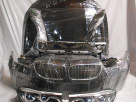 BMW 7 serija dalimis. M-paketas yra ir paprastas  lazer