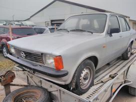 Opel Kadett, 1.0 l., sedanas
