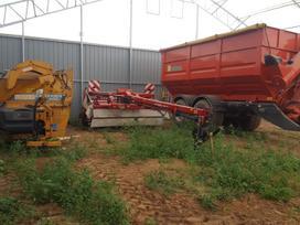 Umega M24, traktorinės priekabos