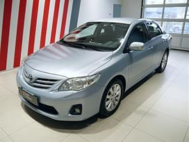 Toyota Corolla, 2.0 l., sedanas