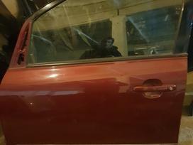 Toyota Avensis Verso durys