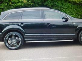 Audi Q7. Galimas detaliu pristatymas
