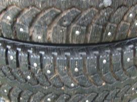 Lancia Ypsilon. Dygliuotos padangos su