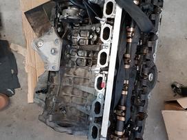 BMW 5 serija детали двигателя