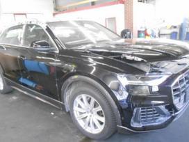 Audi Q8. Automobilis dalimis b&o aparatura