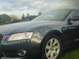 Audi A5. Galimas detaliu siuntimas