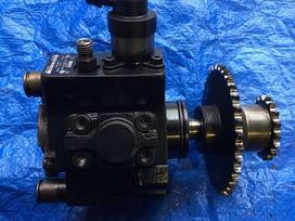 Kia Sorento variklio detalės