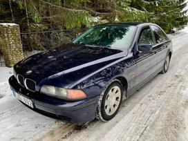 BMW 530, 2.9 l., saloon / sedan