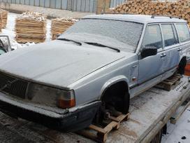 Volvo 940 dalimis. Turime ir daugiau įvairių markių automobilių