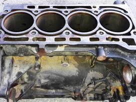 Volkswagen Scirocco variklio detalės
