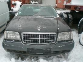 Mercedes-benz S klasė. Turime daliu ir kitu
