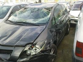 Toyota Auris dalimis. Iš prancūzijos. esant