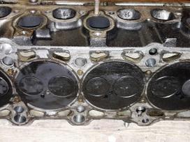 Volkswagen Transporter variklio detalės