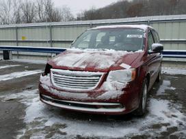 Chrysler Town &amp Country. Dirbame: i-v 9