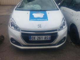 Peugeot 208. Is prancuzijos,visas dalimis europa,su ledais rida