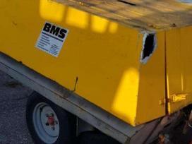 -Kita- Sraigtinis kompresorius BMS, komunalinio ūkio transportas