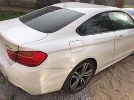 BMW 4 serija dalimis. Darbo laikas i-vii 08:00-22:00 platus