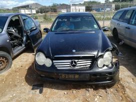 Mercedes-benz C klasė dalimis. Automobilis