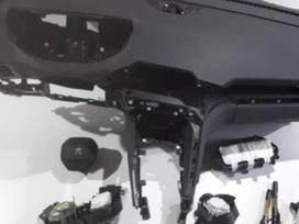 """Peugeot 3008. UAB """"sumitas"""" saugos pagalvių"""