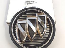 Buick Regal apdailos detalės