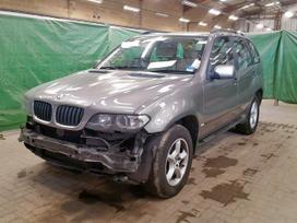 BMW X5. Naudotos įvairių markių ir modelių automobilių detalės