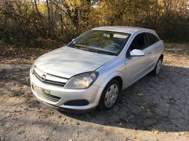 Opel Astra. Naudotos opel dalys svirno g. 3 dalimis, turime