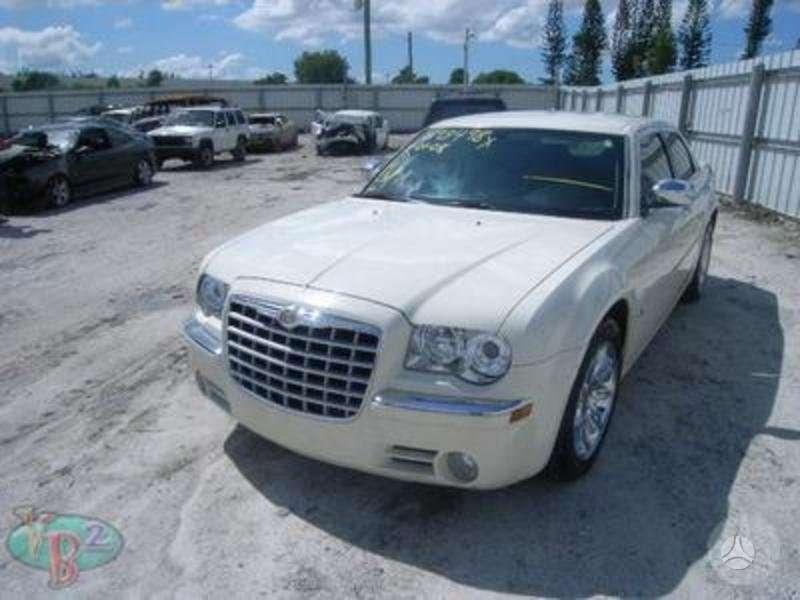 Chrysler 300c. Pristatome į bet kurį lietuvos
