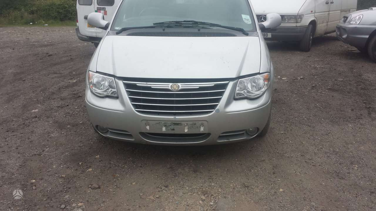 Chrysler Grand Voyager. Masina dalimis