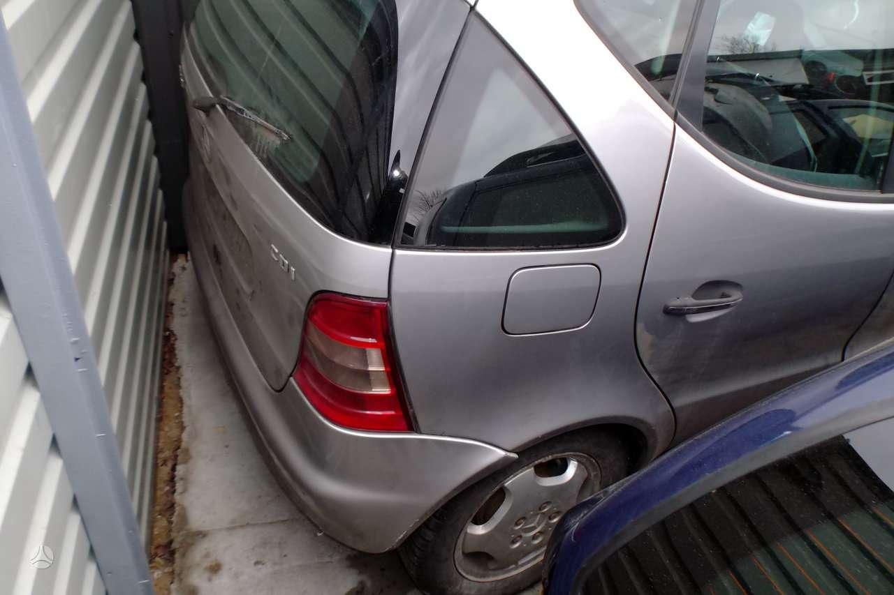 Mercedes-benz A170 dalimis. Automobilių dalys