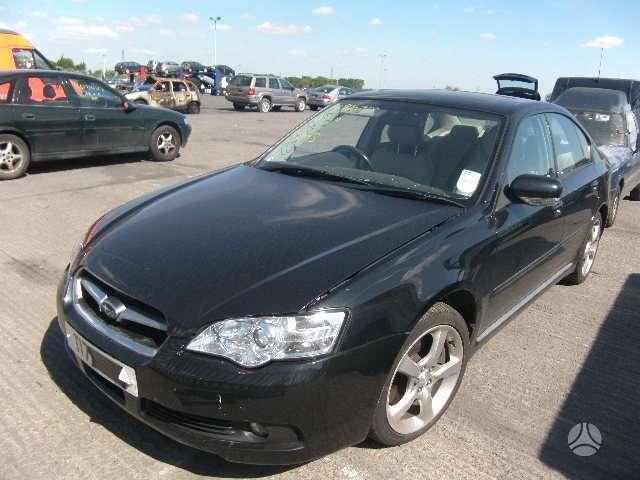 Subaru Legacy dalimis. Variklis parduodamas dalimis