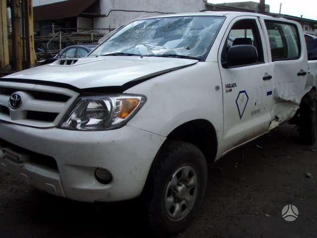 Toyota Hilux. Specializuota mercedes benz, toyota, lexus