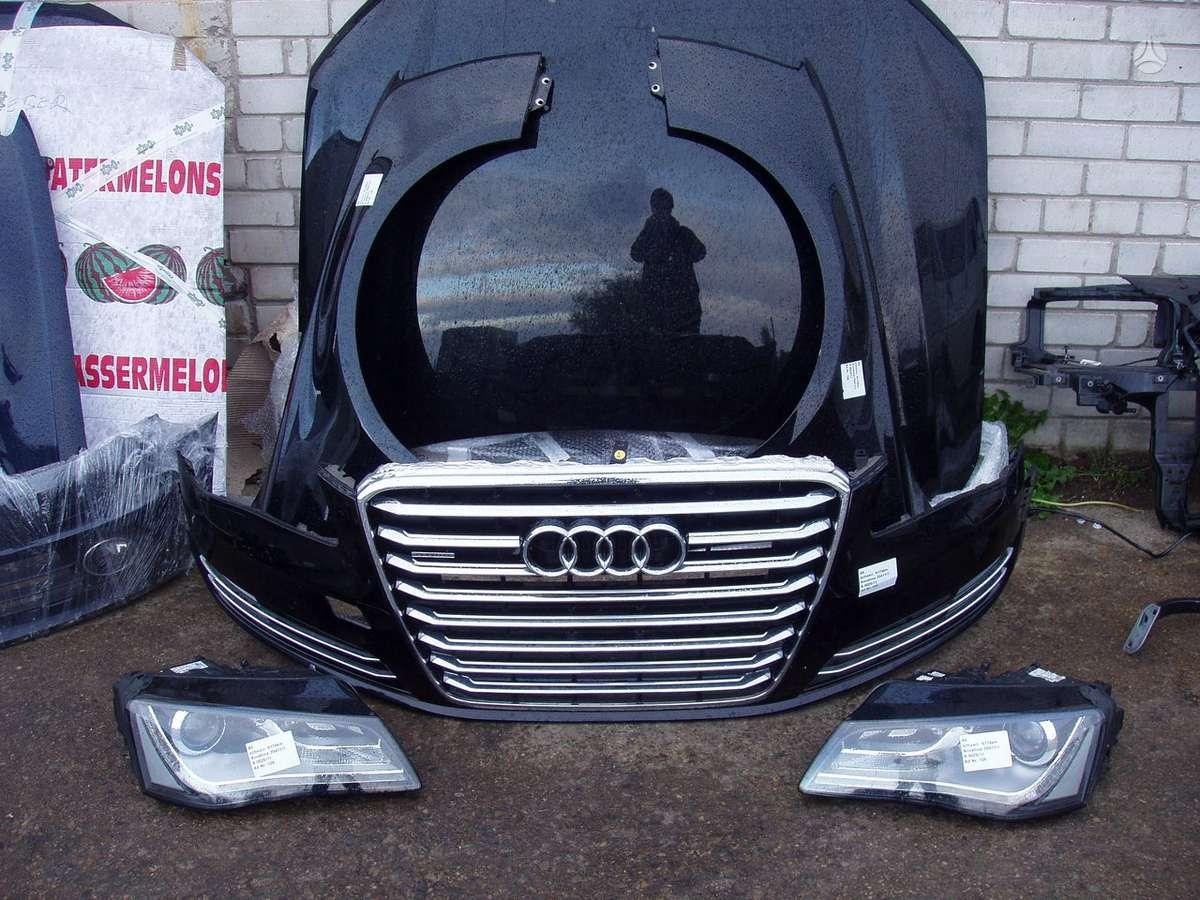 Audi A8. Automobilis dalimis