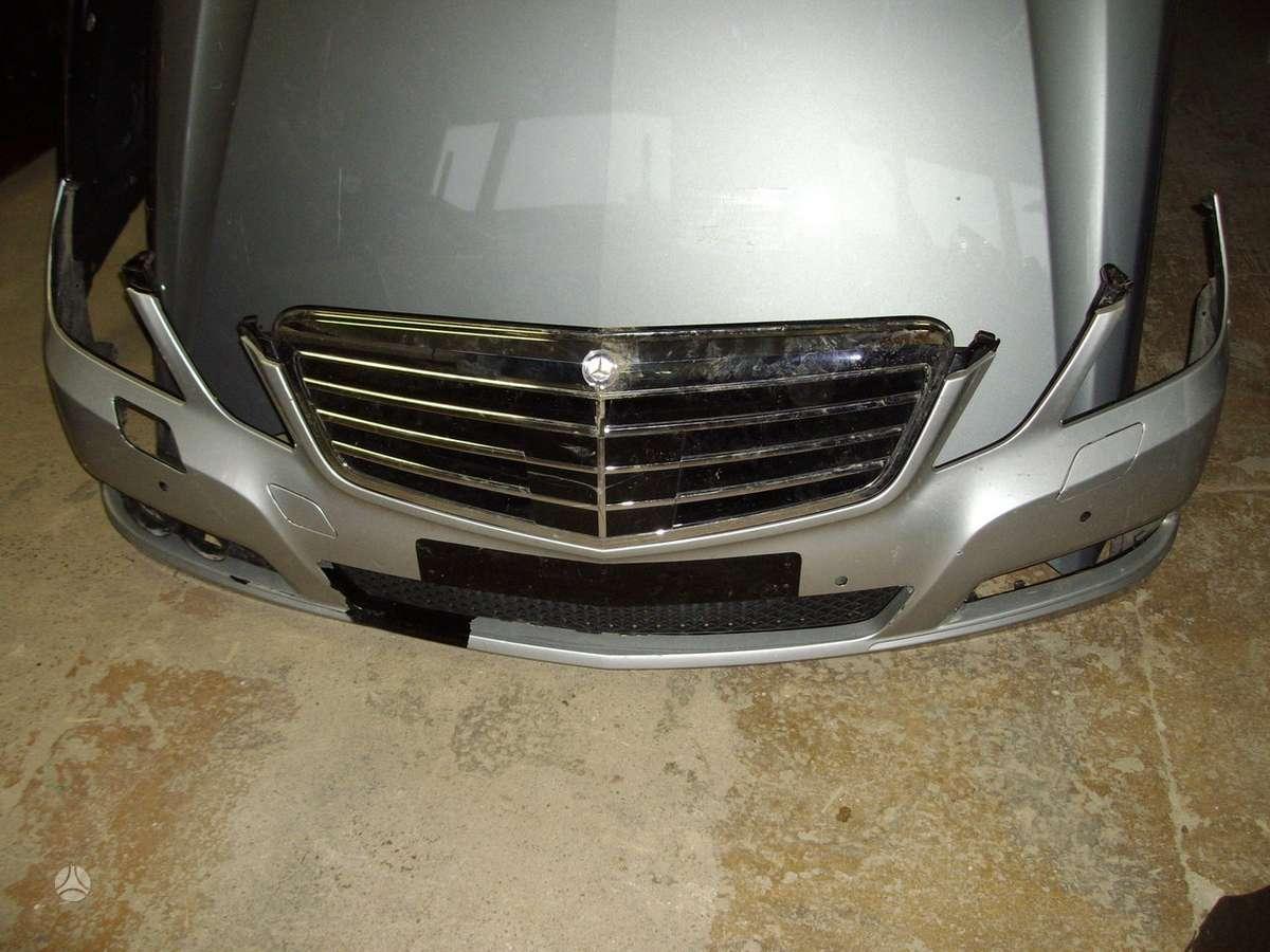 Mercedes-Benz E320. Prekyba auto dalimis naudotomis europietiš